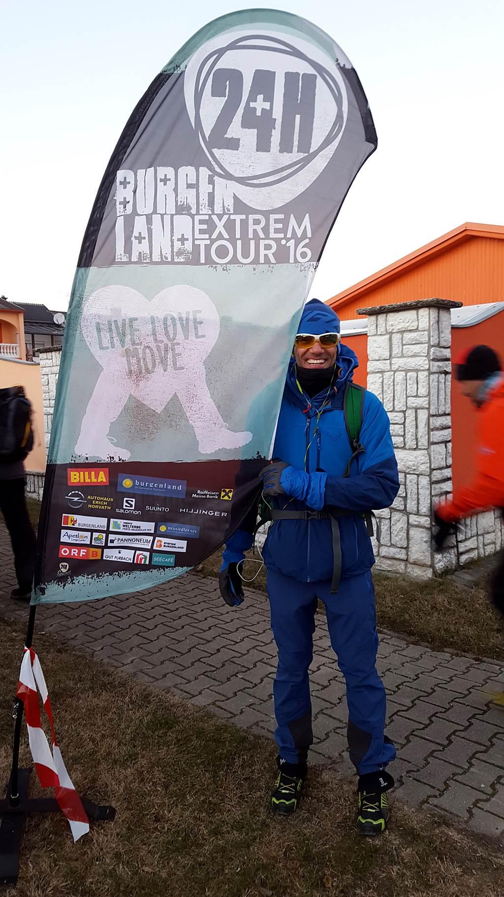 74 km után = töretlen mosoly az arcon. Forrás: www.mozgasvilag.hu