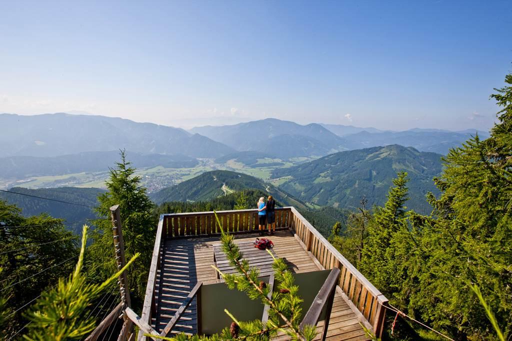 Aflenzer Bürgeralm kilátópont Magas-Stájerországban Forrás: © Steiermark Tourismus / ikarus.cc