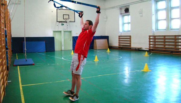 Y deltoid fly Forrás: Teamworkout.hu