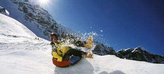 81164-snowtubing.jpg