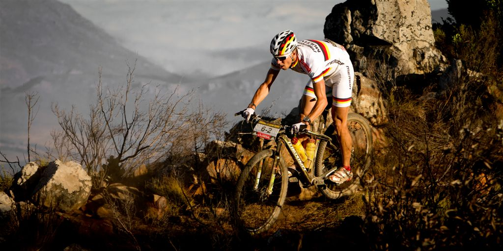 81440-110329_RSA_CapeTown_CapeEpic_Stage2_Tulbagh-Tulbagh_Kaess_rocks_by_Cerveny.jpg