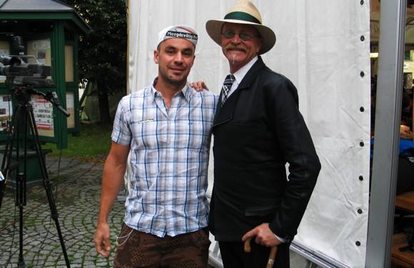 Gary Fisher - a jobb oldali srác az, kalapban :)