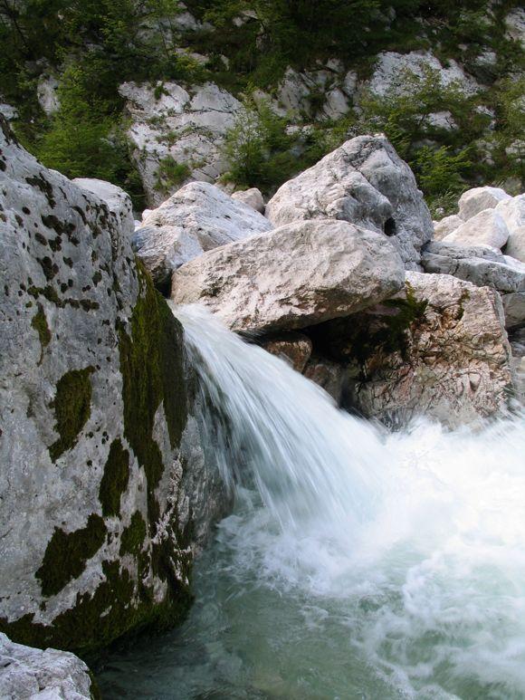 Kristálytiszta víz