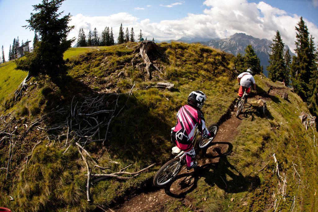 ... Trails erkunden die Teilnehmer die Gegend um Saalfelden und Leogang