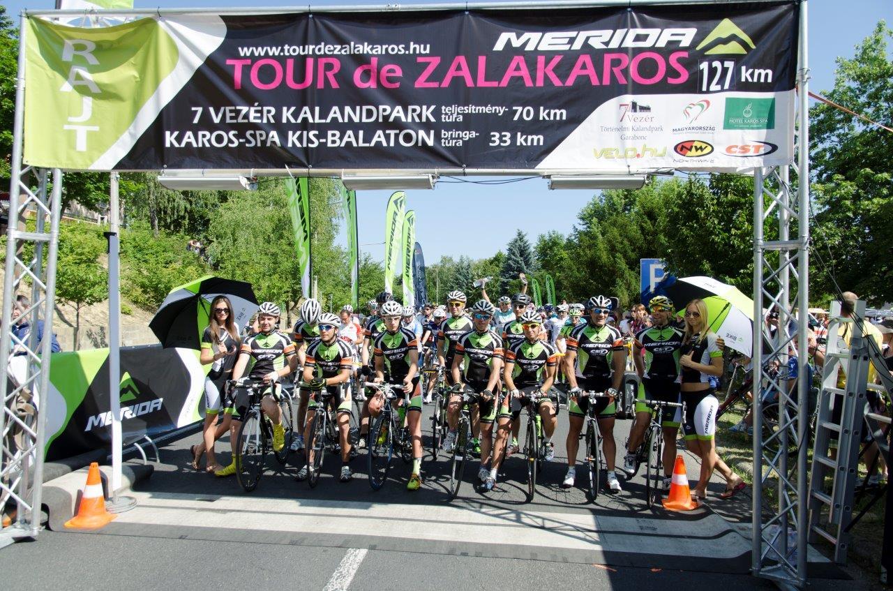 A 127 km-es verseny rajtra Forrás: Primusz Péter