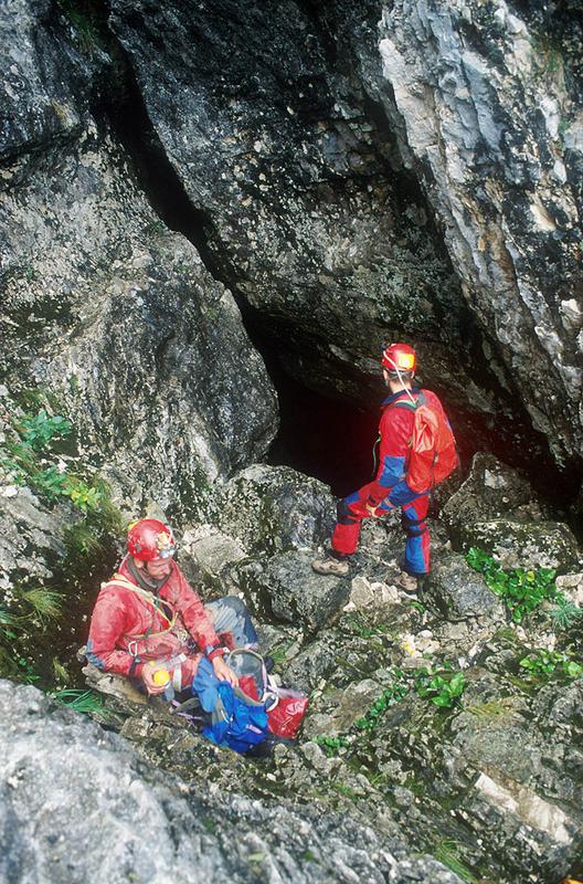 Bejárat a barlangba
