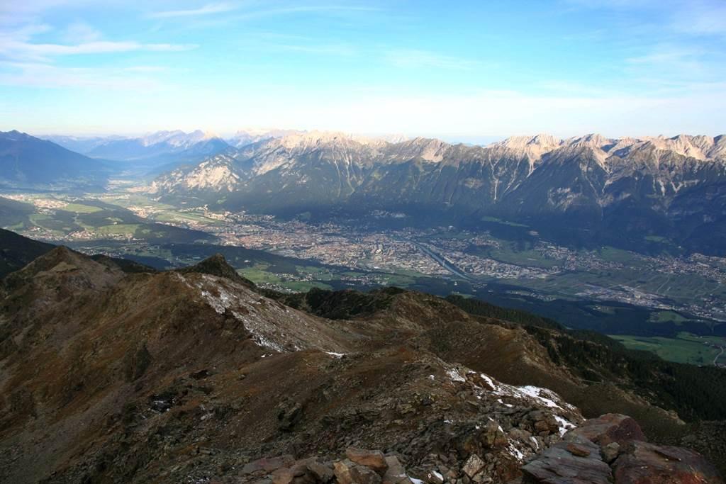 Innsbruck a völgyben Forrás: www.mozgasvilag.hu