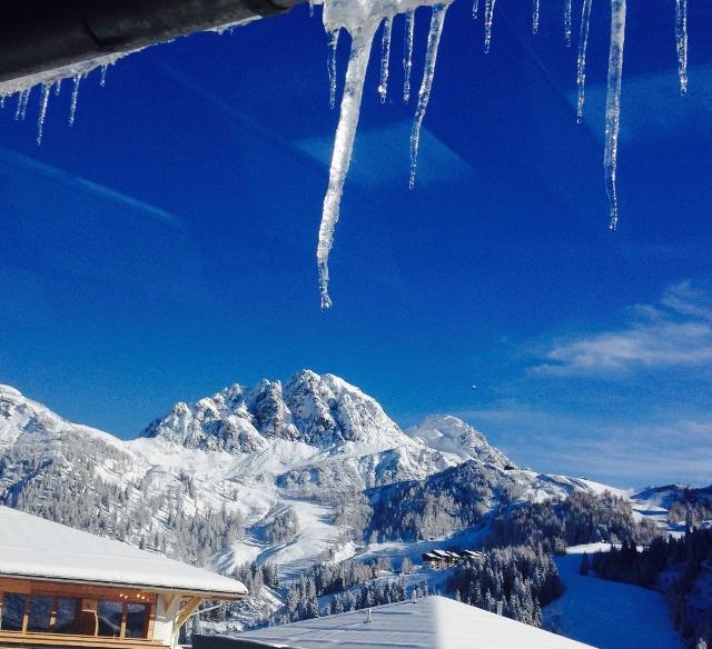 A nassfeldiek is örülnek a jó hóviszonyoknak és a december 13-i szezonkezdetnek. Forrás: (c) Nassfeld Iroda Magyarország_Michael Pucher