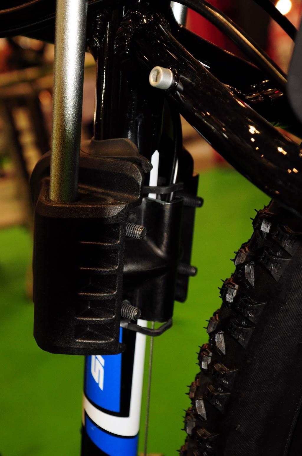 Az adaptert akkor is fel lehet rögzíteni ha bovden útban van Forrás: Mozgásvilág