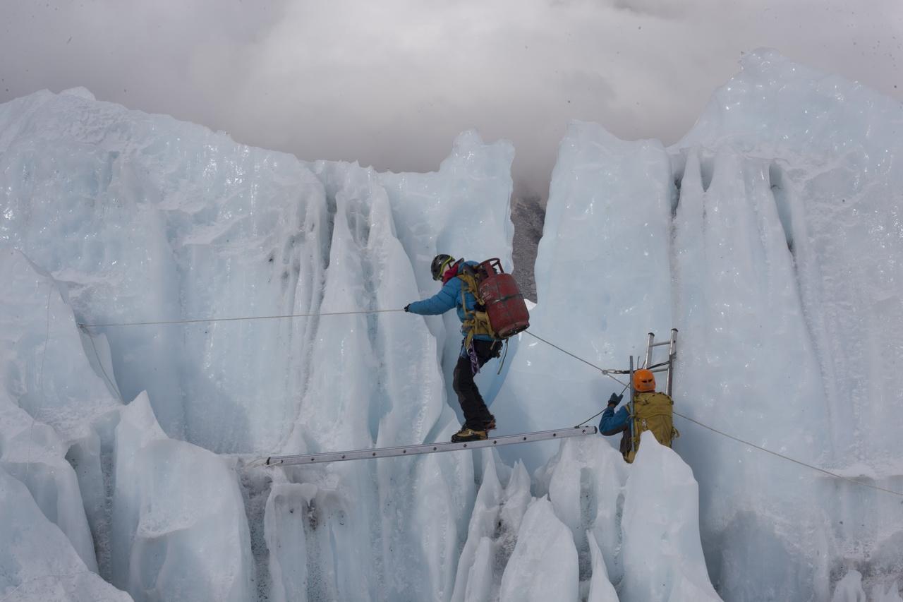 Serpák a jégesésben Forrás: Discovery Channel