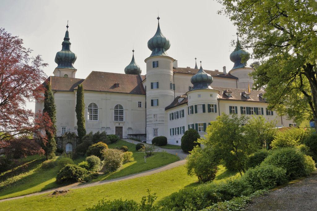 Arstetteni kastély Forrás: Mozgásvilág.hu