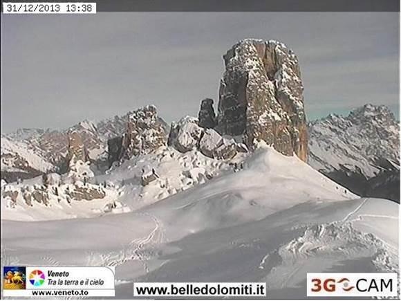 Cortina friss hó