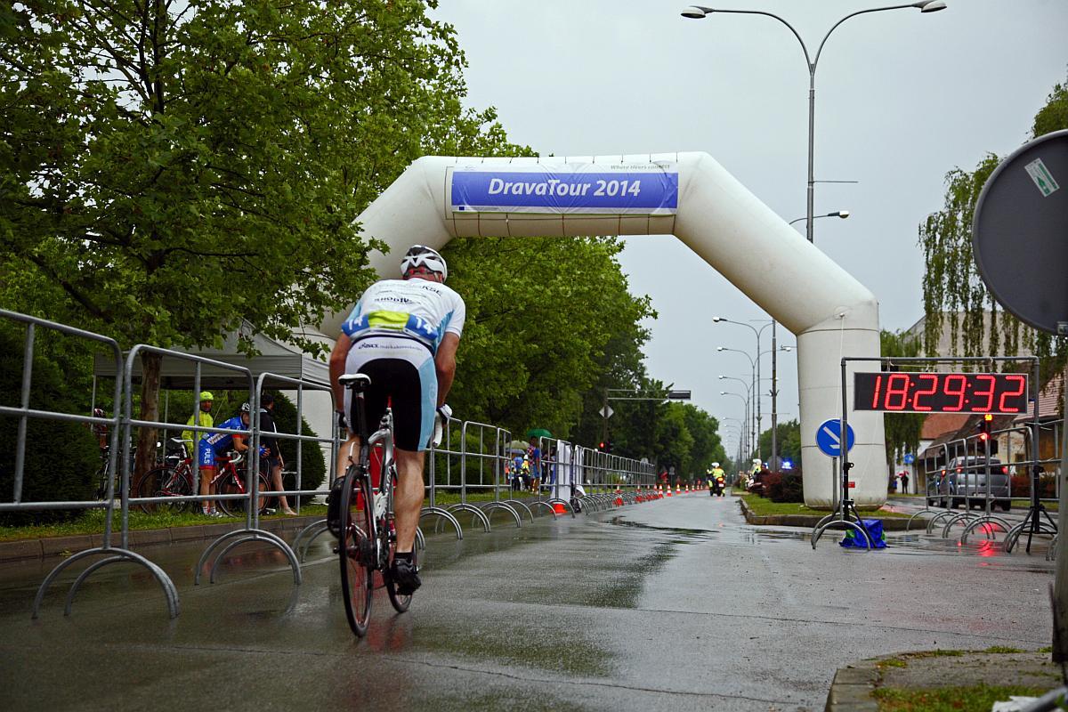 Dráva Tour 2014 - 1. nap Forrás: Vuelta Sportiroda