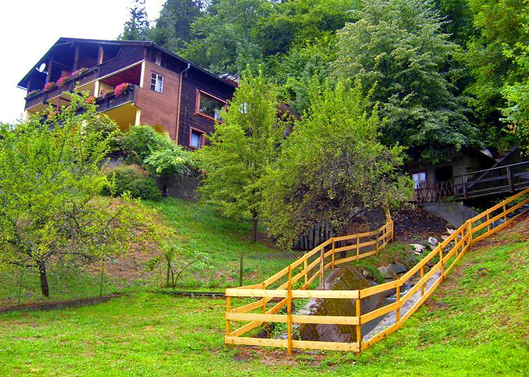 A Vendégház a kert felől. Forrás: www.szallasausztria.hu
