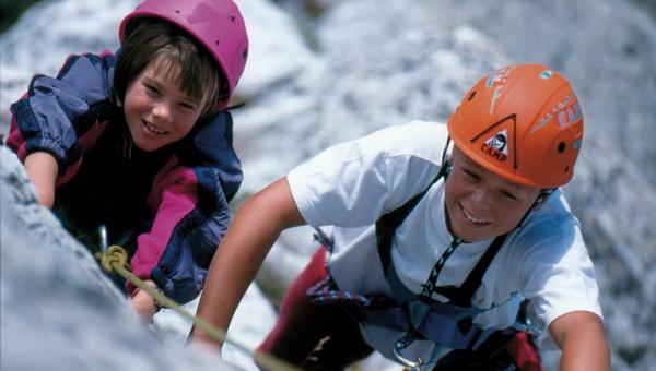 Gyermekek a klettersteigon Forrás: hintertux.at