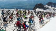 A világ egyik legkeményebb downhill versenyén