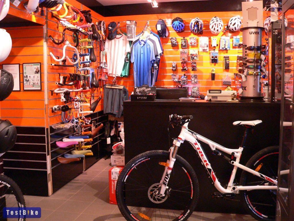 III. kerület Óbuda kerékpár szerviz és üzlet - Slalom Sport belül (pult)