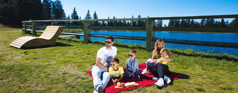 Piknik a Lovrenska tavaknál ForrĂĄs: www.rogla.eu