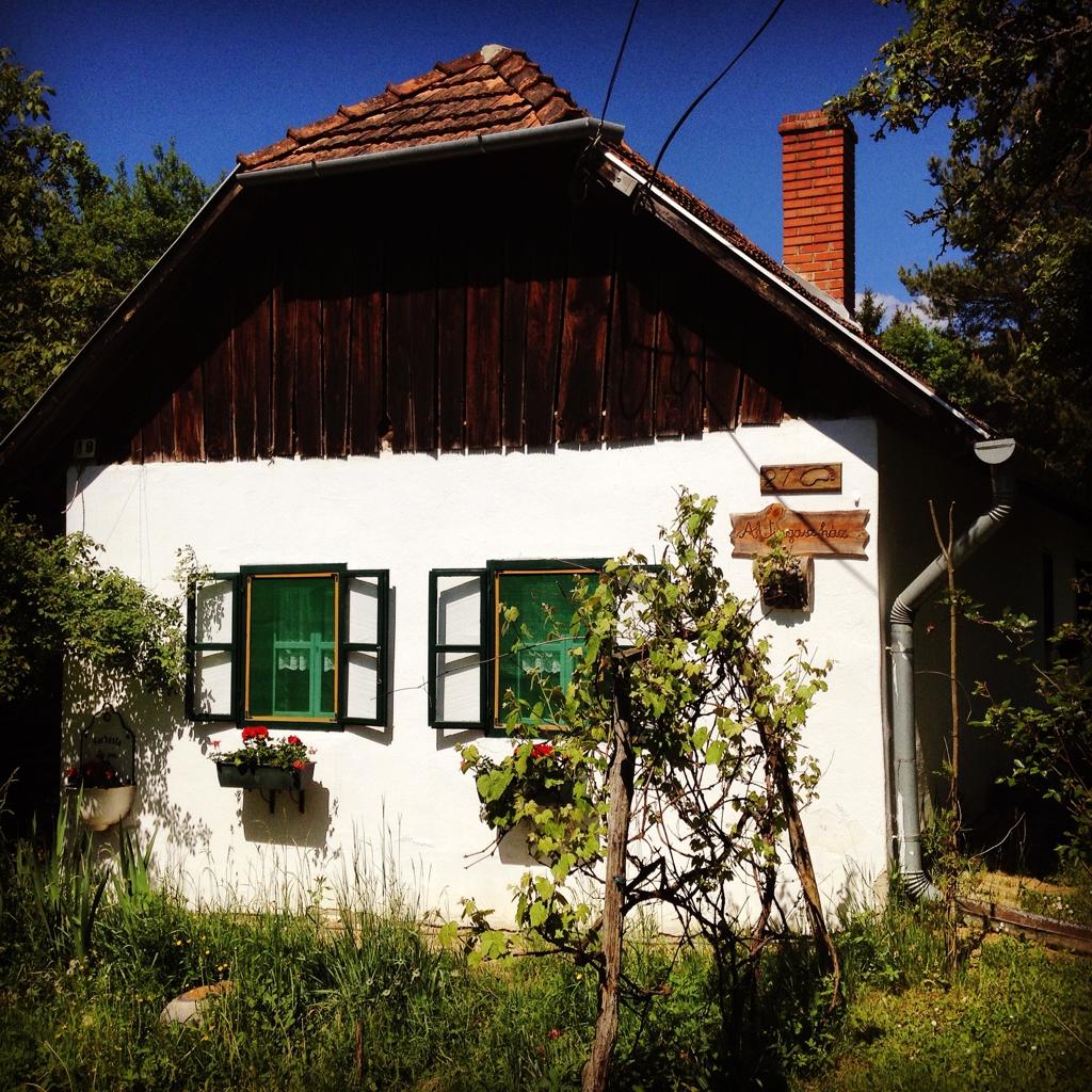 Vingasz ház ForrĂĄs: Paraferee - Mozgásvilág.hu