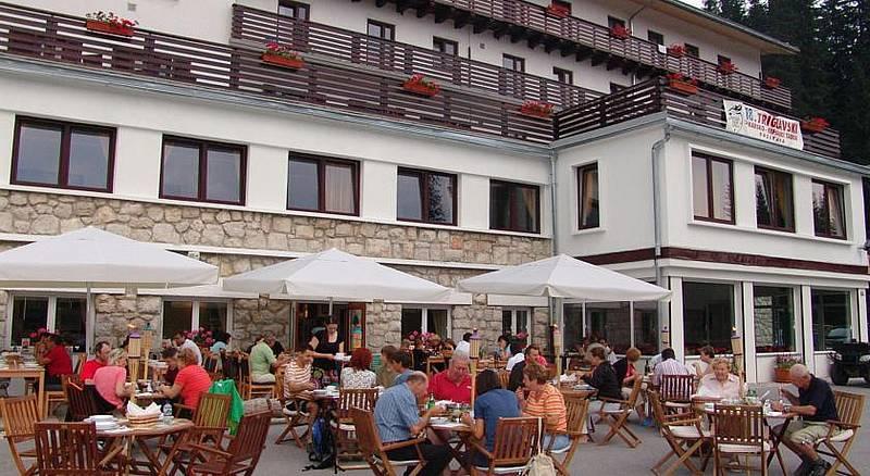 hotel2.jpg Forrás: www.sporthotel.si/en/