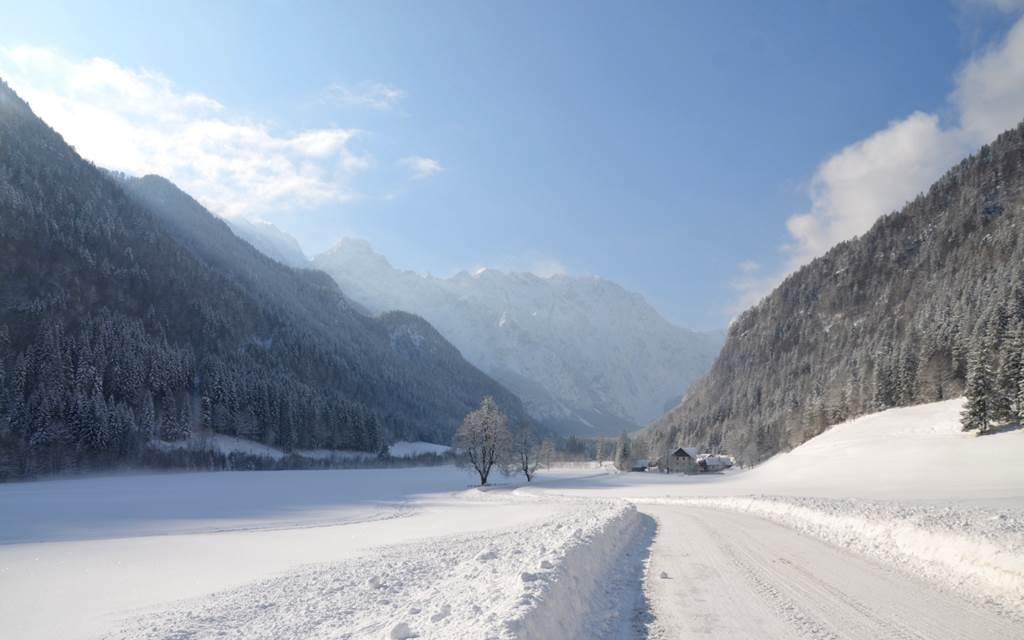 A völgy bejárata Forrás: www.lenar.si