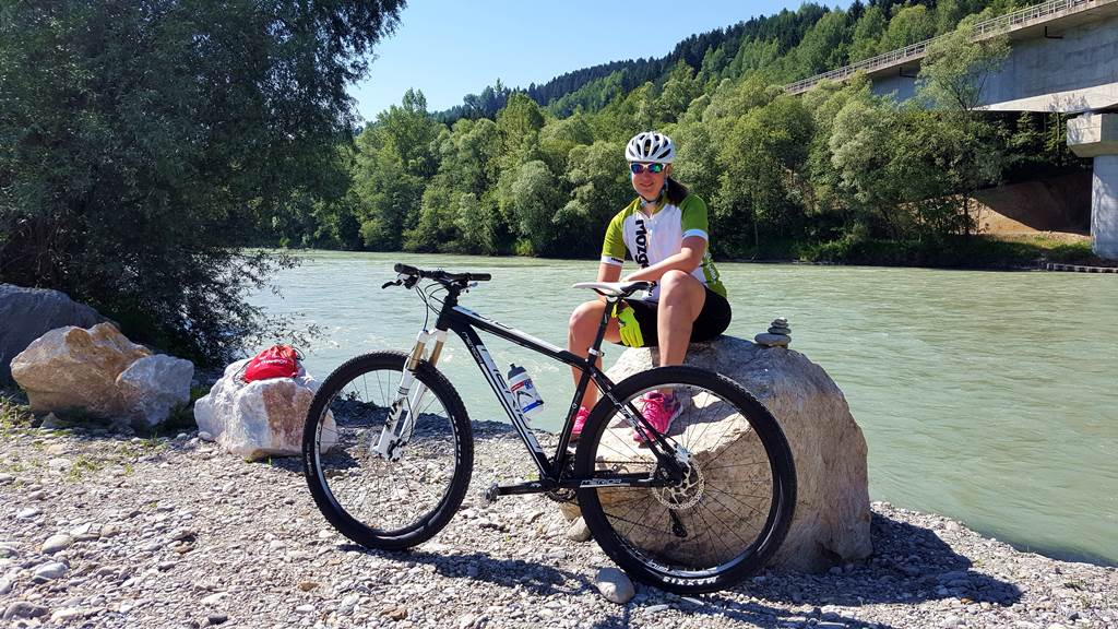 Irány tehát Villach! Immár egy jó kis Merida monti nyergében Forrás: www.mozgasvilag.hu