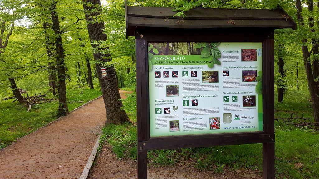Rezső-kilátó információs tábla Forrás: Mozgásvilág.hu