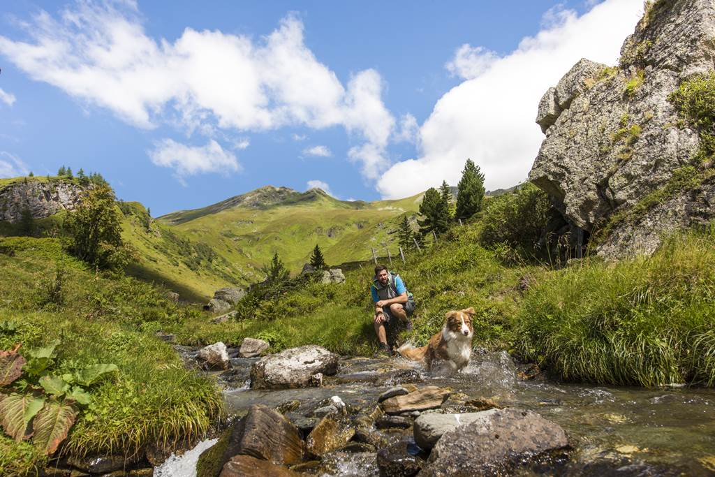Túrázás a Hohe Tauern Nemzeti Parkban Forrás: © Kärnten Werbung, Fotograf: Franz Gerdl