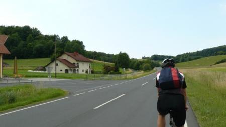 Kerékpártúra háromhatáron át