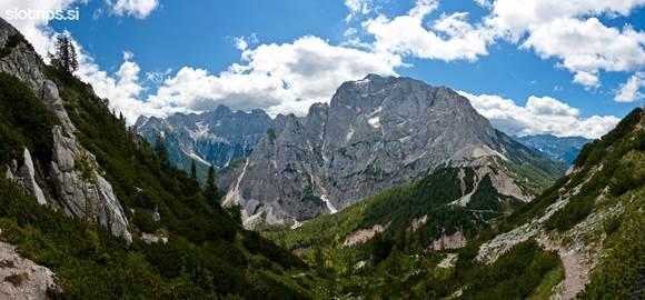 Távolban a Prisojnik hegy