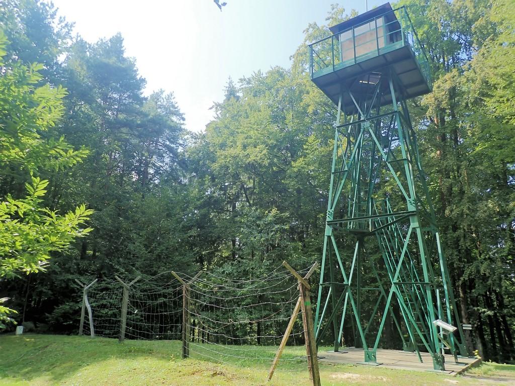 Vasfüggöny őrtorony Forrás: Nyáry Tamás