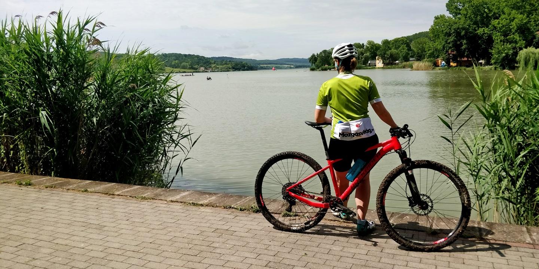 A Pécsi-tó és a Rockrider XC 500 Forrás: Mozgásvilág.hu