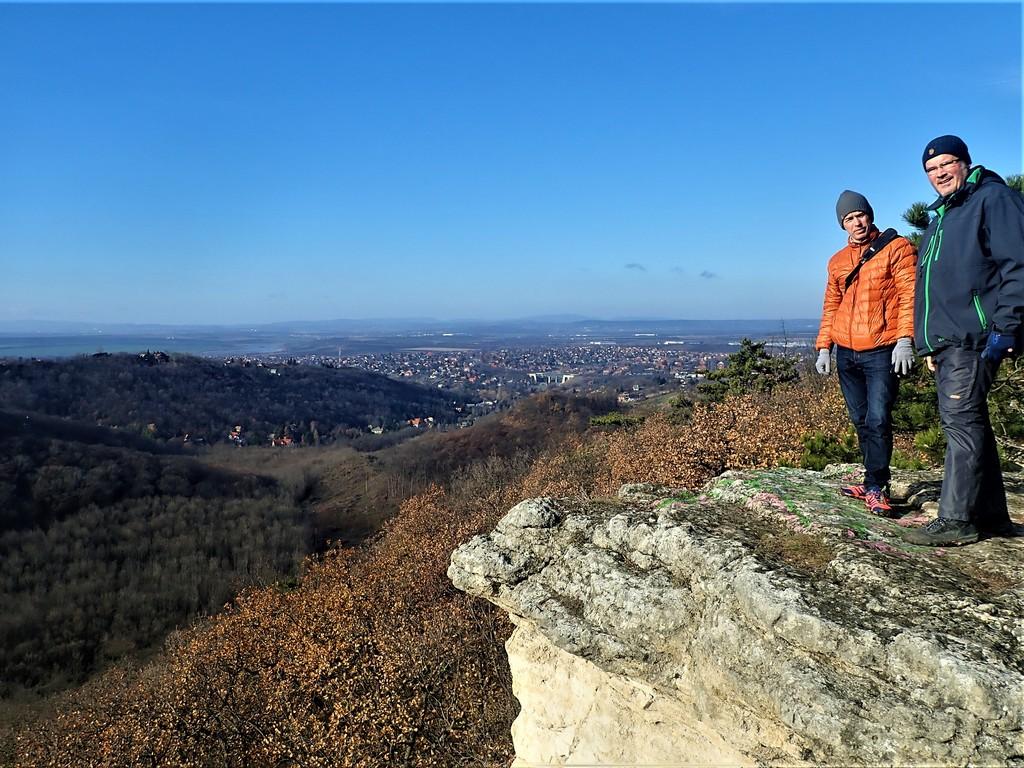 Kilátás a Kőorr szikláról déli irányba Forrás: Nyáry Tamás