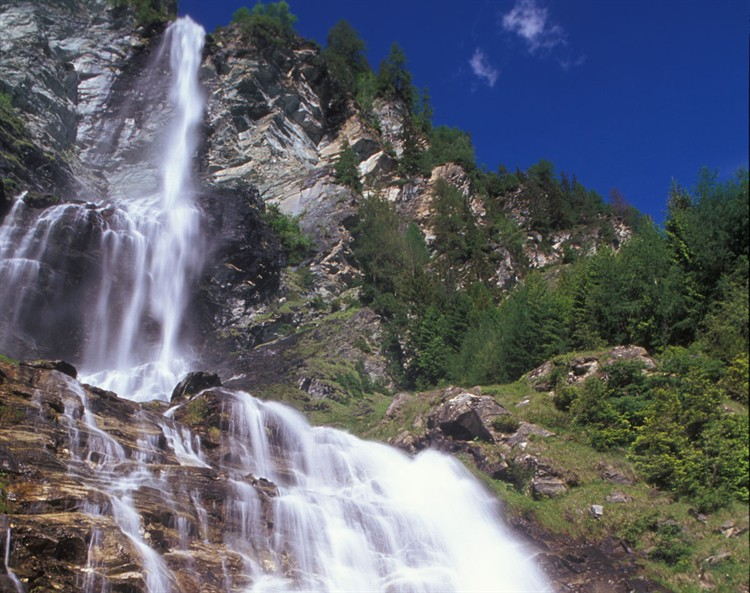 Jungfernsprung vízesés Forrás: Hohe Tauern Nemzeti Park