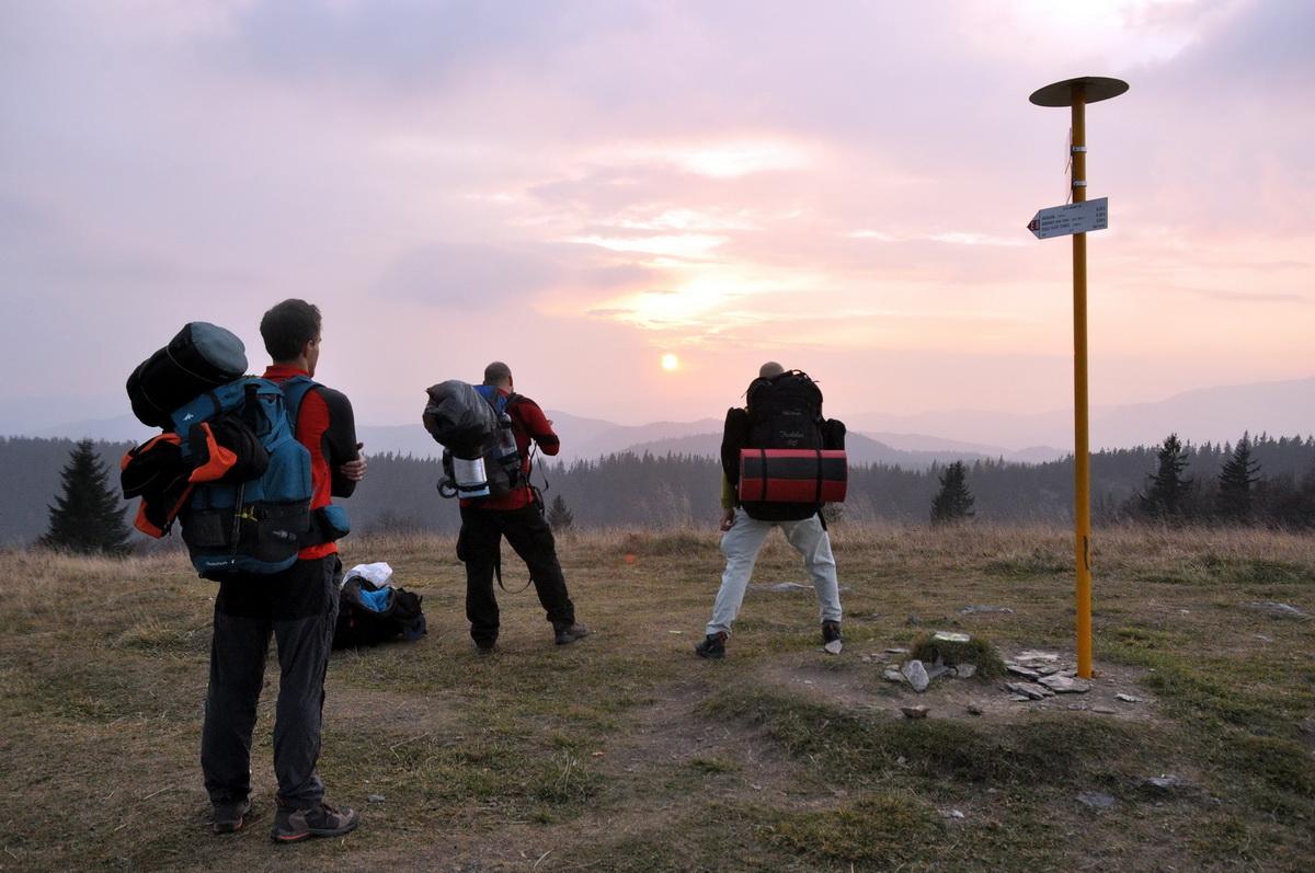 Közelegő naplemente a Kecka csúcsról Forrás: Mozgásvilág - Paraferee