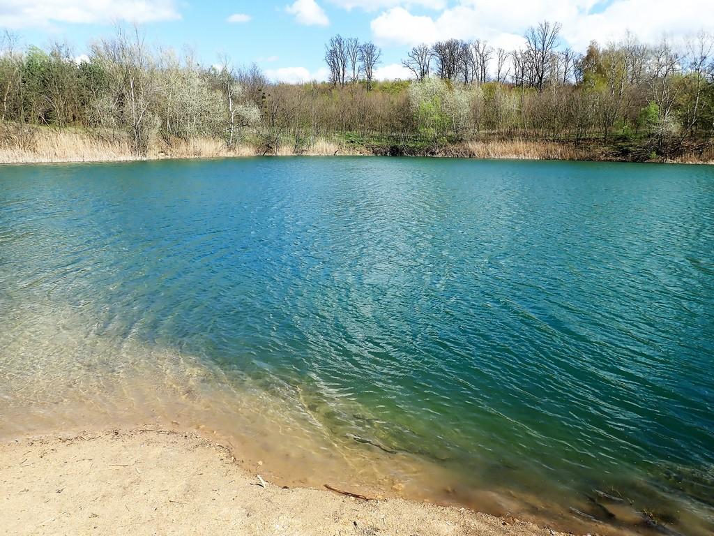 Az első tó - bányató Forrás: Nyáry Tamás