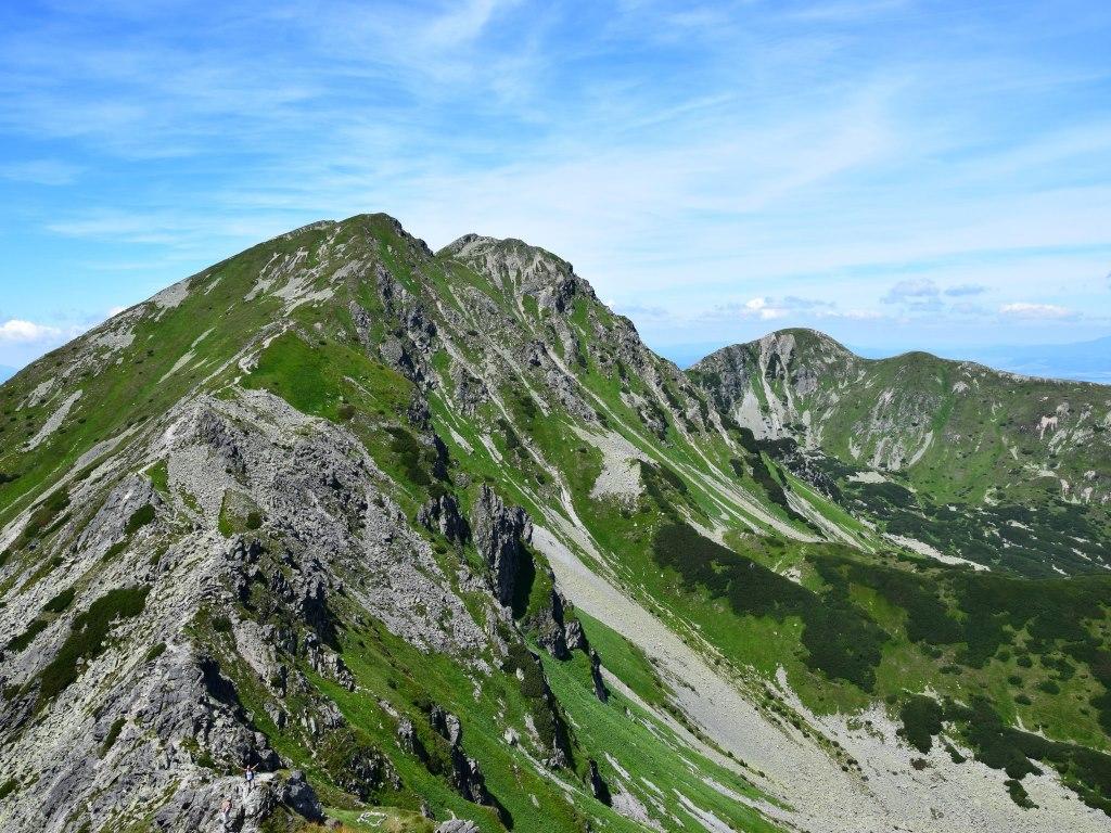 Rohácsi-völgyből a Bánya-nyergen át a Szalatinra és a Szilfásra ForrĂĄs: Nagy Árpád