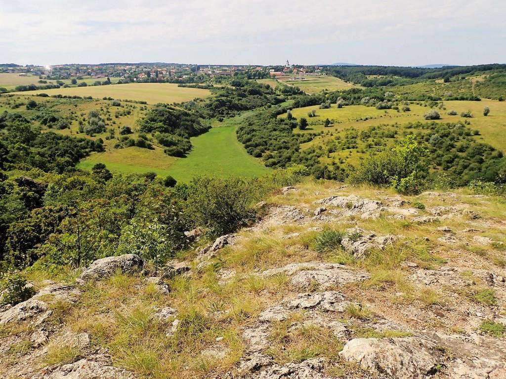 Látkép az Ember-szikláról Forrás: Nyáry Tamás