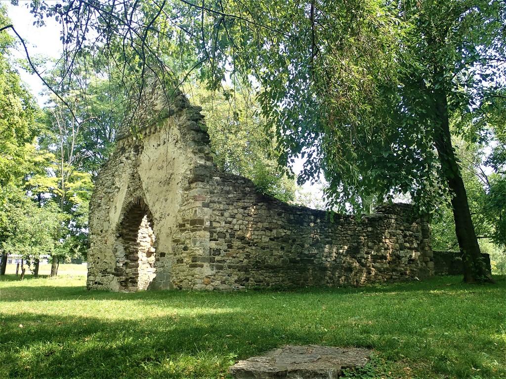 Kövesdi templomrom Forrás: Nyáry Tamás