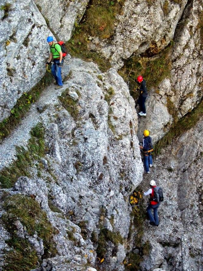 Látványos sziklaperemek követik egymást Forrás: Nyáry Tamás