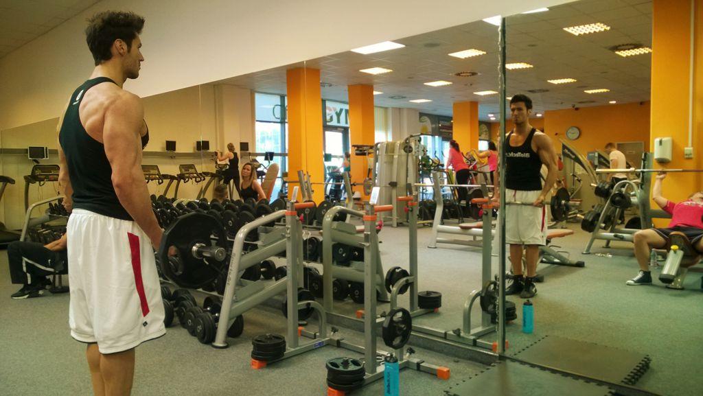 Bicepszhajlítás franciarúddal
