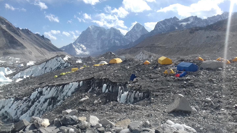 Everest alaptárbor Forrás: Everest Expedíció 2017