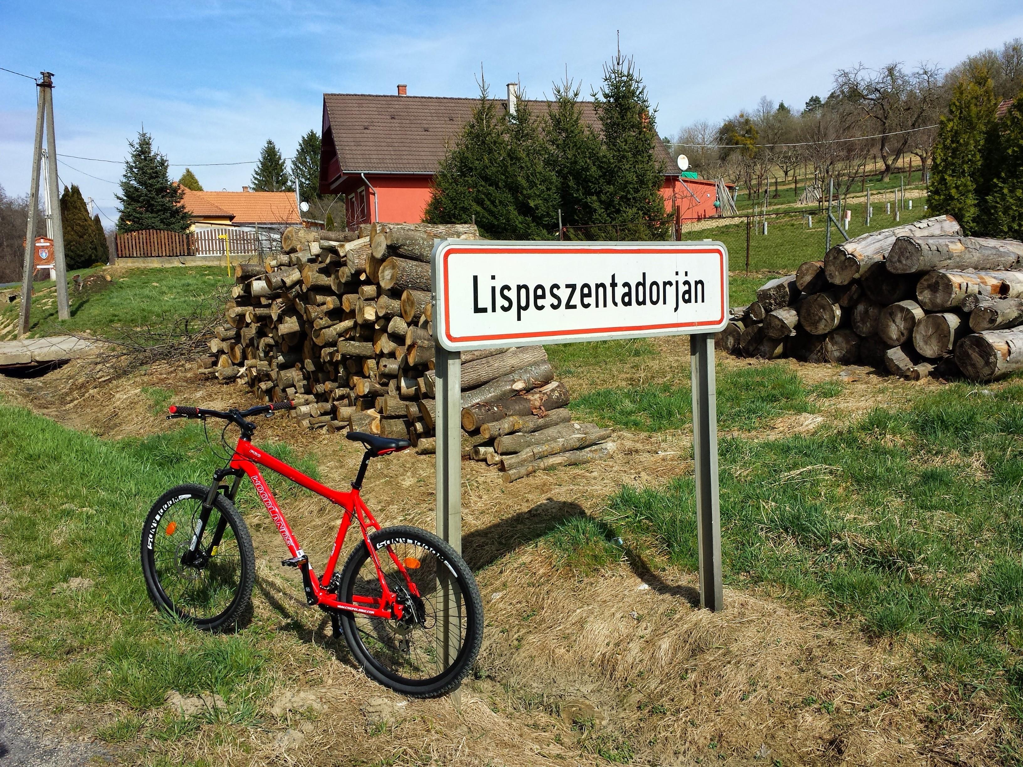 Lispeszentadorjáni kör bringatúra Forrás: www.mozgasvilag.hu