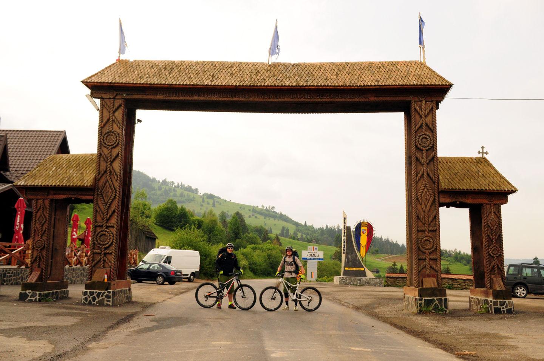 Kerékpártúra a Radnai-havasok főgerincén Forrás: Paraferee - Mozgásvilág.hu