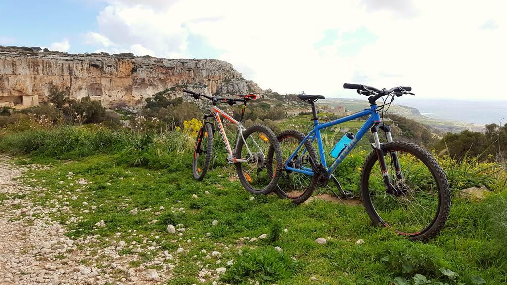 Kerékpártúra kilátással Málta szigetén Forrás: Mozgásvilág