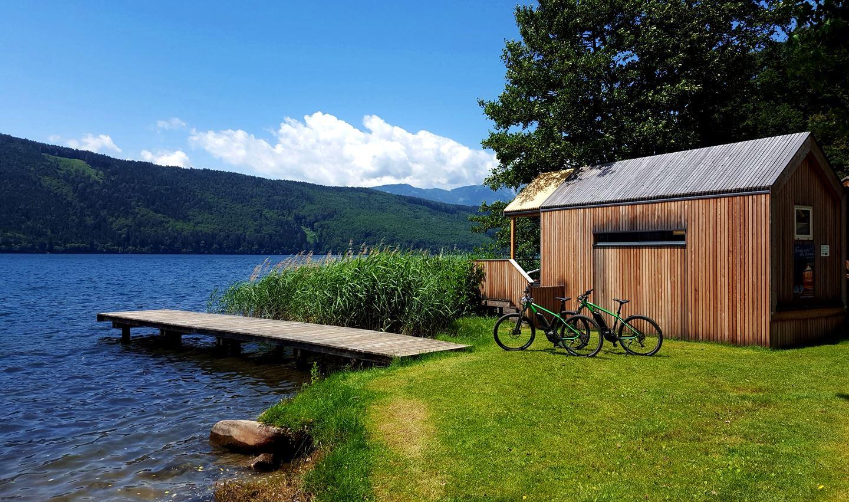 A Schilf - canna palustre bivak közvetlenül a tóparton Döbriach mellett Forrás: Mozgásvilág.hu