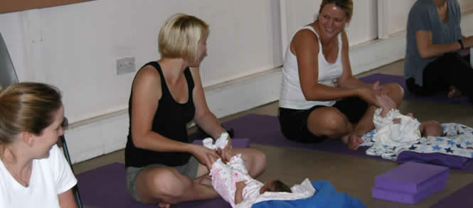 80670-mother_baby_yoga.jpg