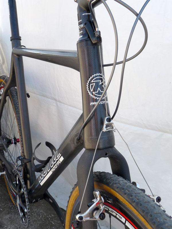 80697-kona-prototype-carbon-jake-snake-cyclocross-bike03.jpg