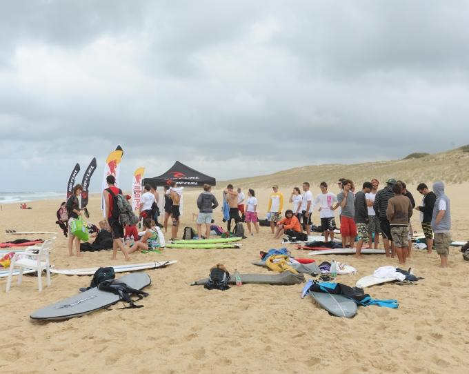 80999-inlanders_surf_open1.jpg