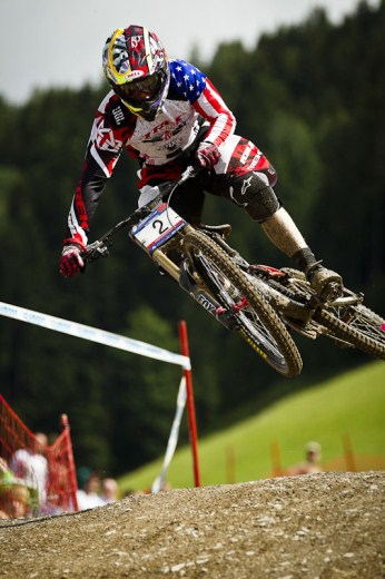 81650-Aaron_Gwin_DH_action.jpg